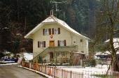 Usserdorf 12