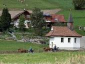 Dorfstrasse 19